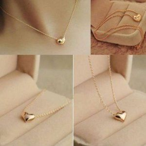 Jewelry - NWOT Gold Heart Necklace